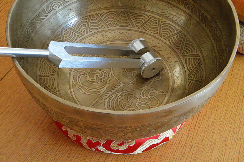 bols tibétain et diapason thérapeutique